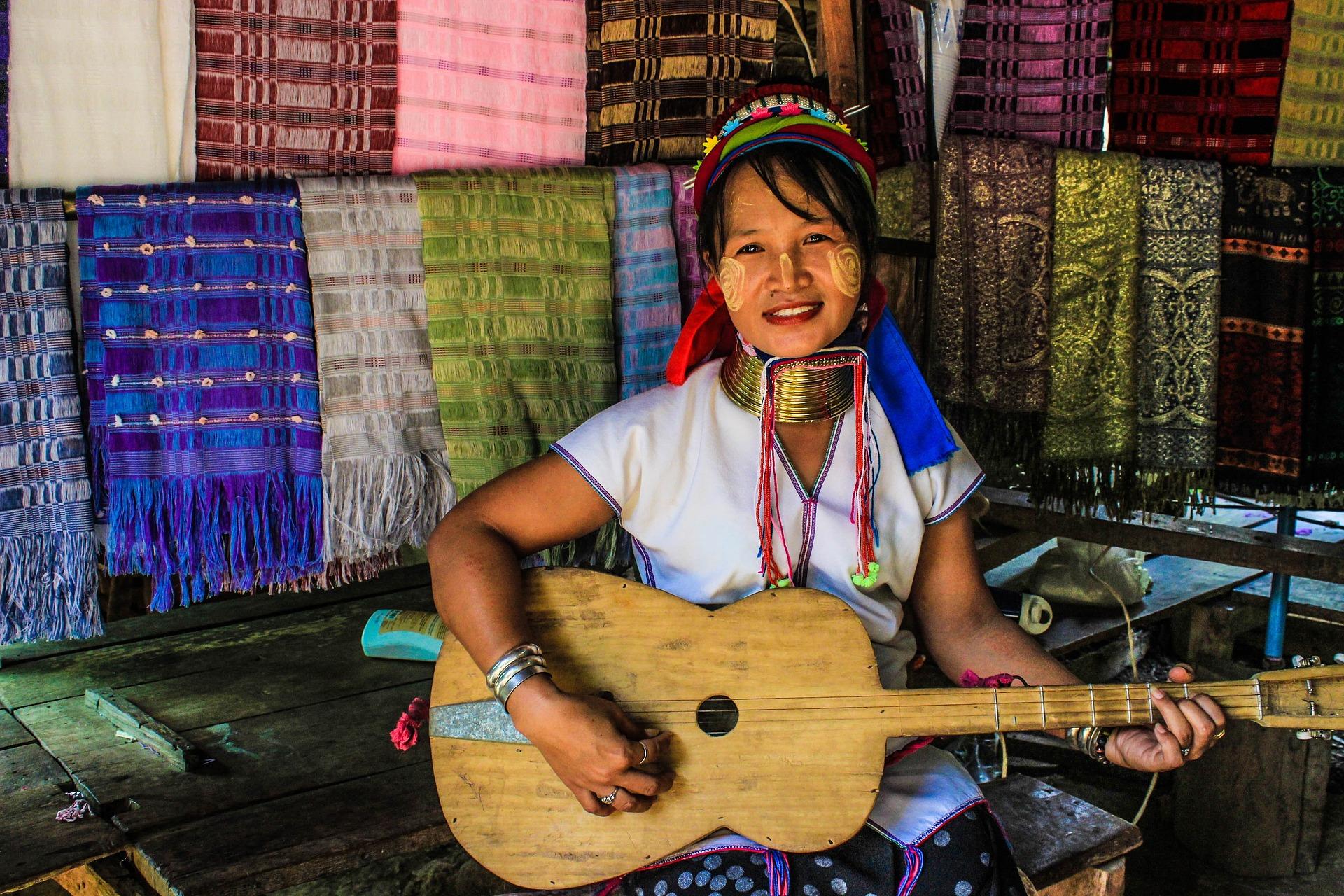mae hong song thai-people-