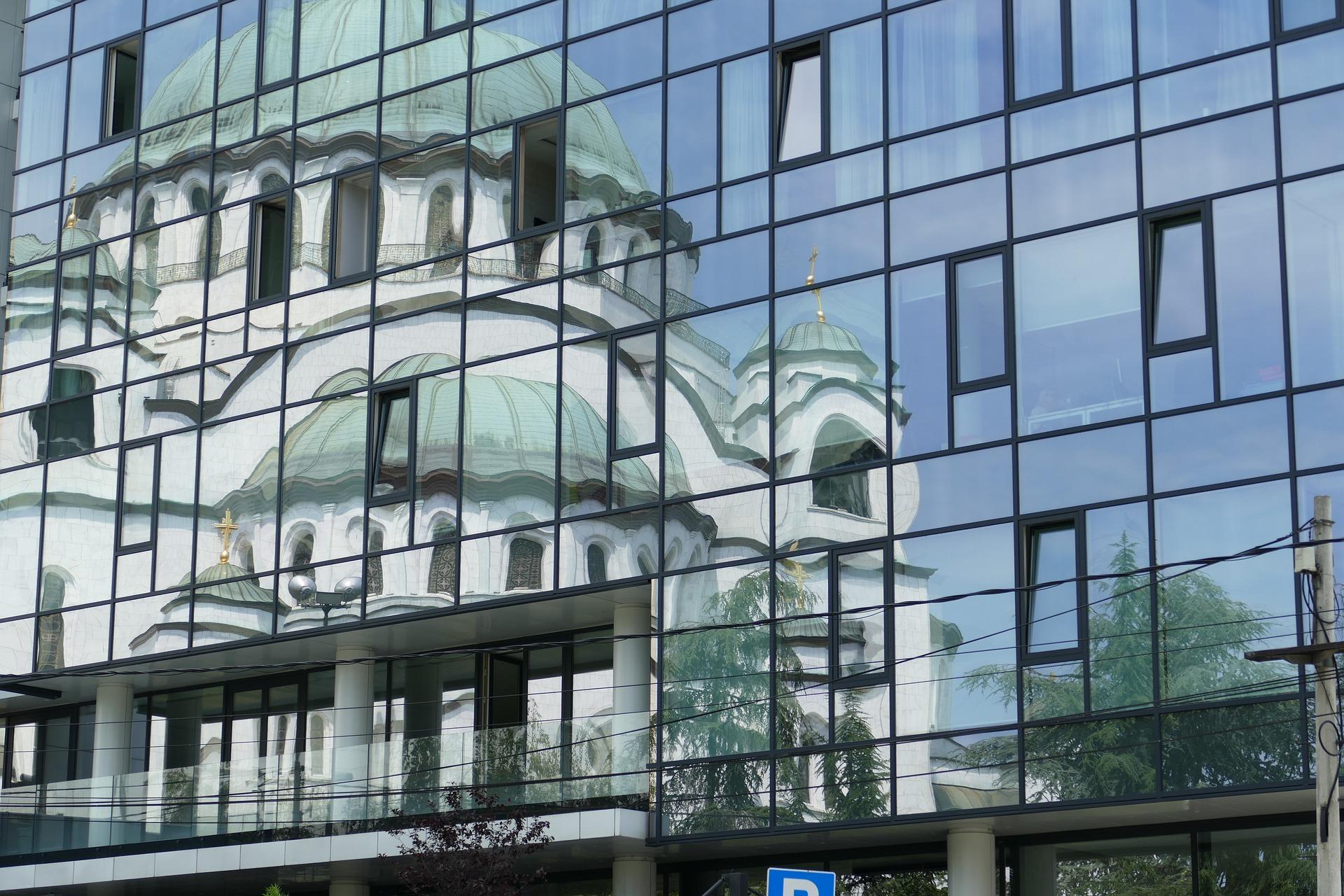 belgrado-2506700_1920