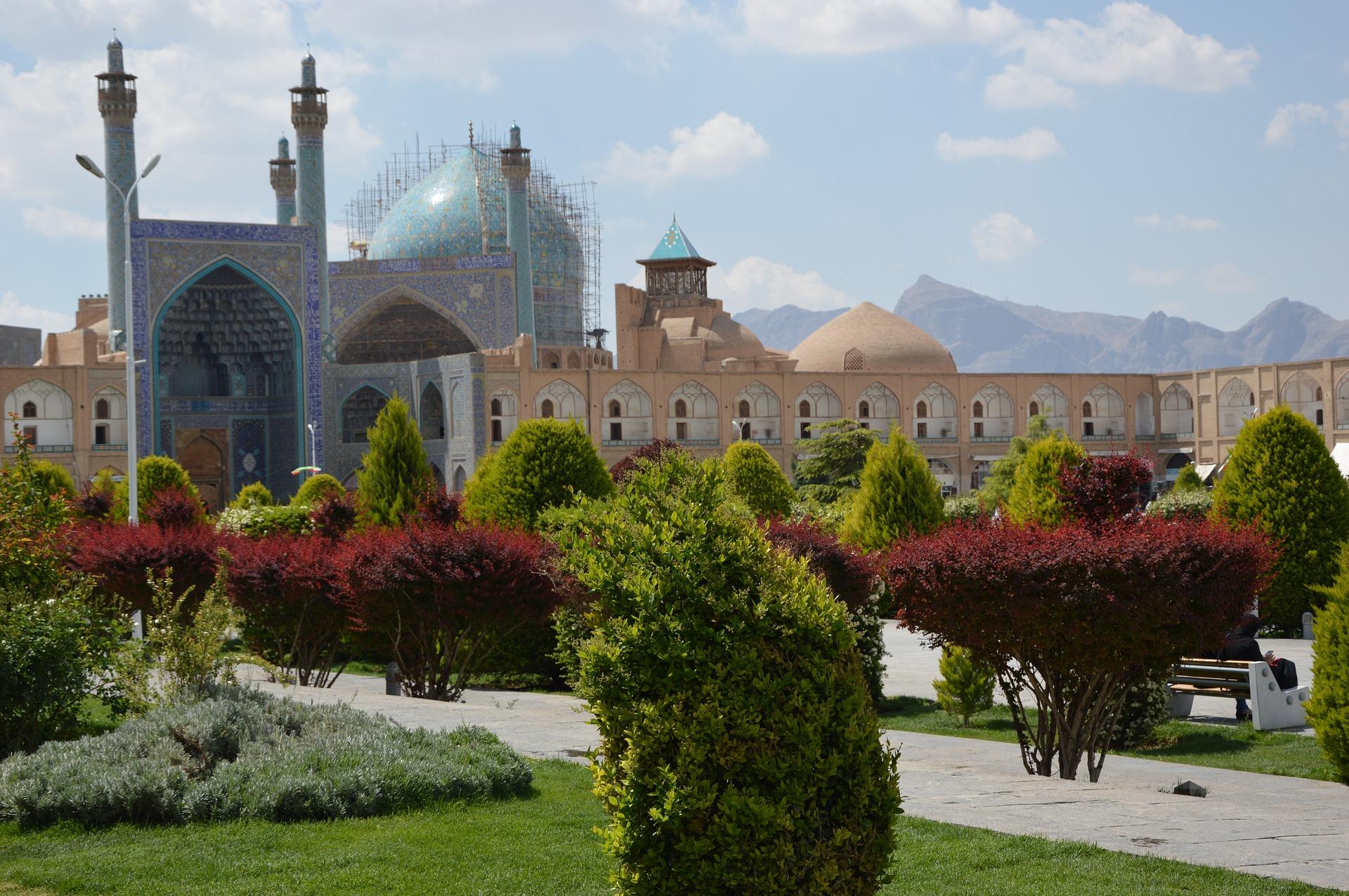 iran architecture-3362936_1920