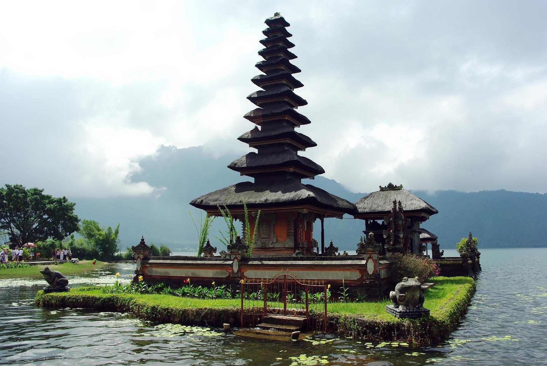 indonesia bali -1578647_1920