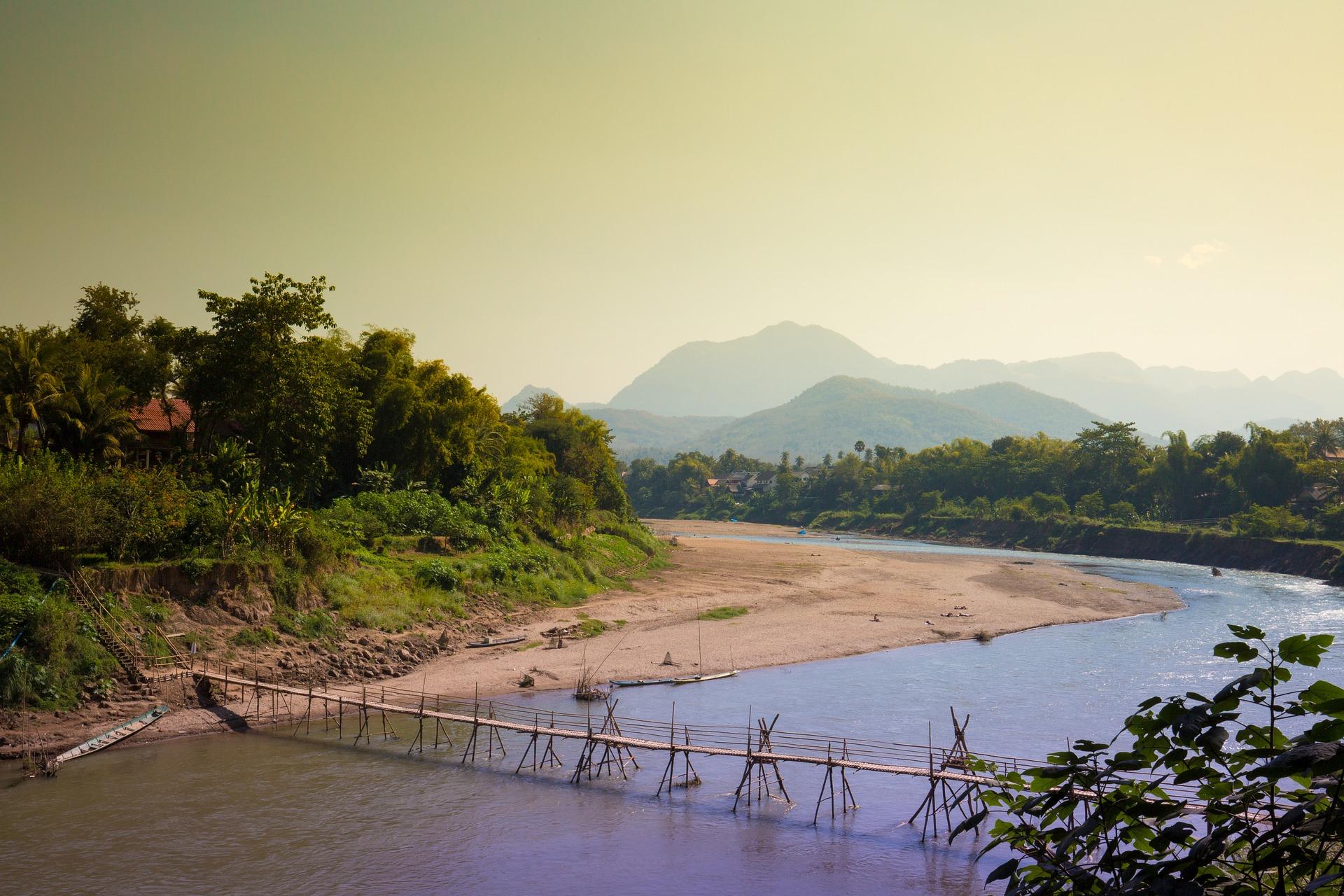 laos luang-prabang-1641397_1920
